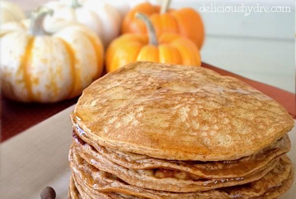 paleo pumpkin protein pancakes