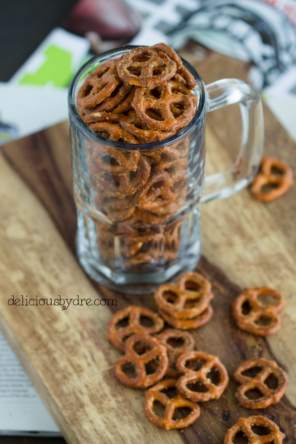 spicy macadamia pretzels