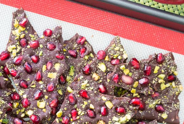 week 21: dark chocolate pomegranate-pistachio bark