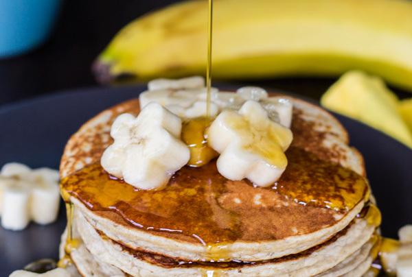 week 20: banana protein pancakes {gluten free & grain free}